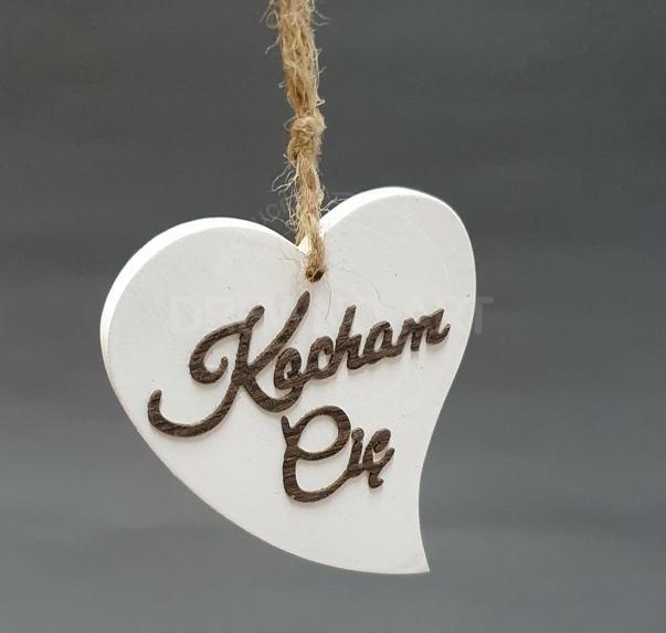 """Serce na sznurku z napisem """"Kocham Cię"""""""