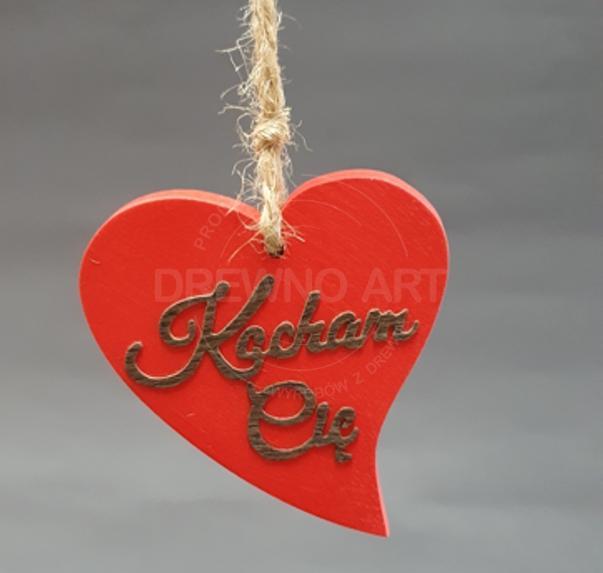 """Czerwone serce na sznurku z napisem """"Kocham Cię"""""""